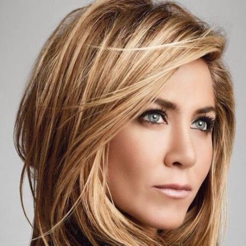 jennifer aniston cabello marrón miel