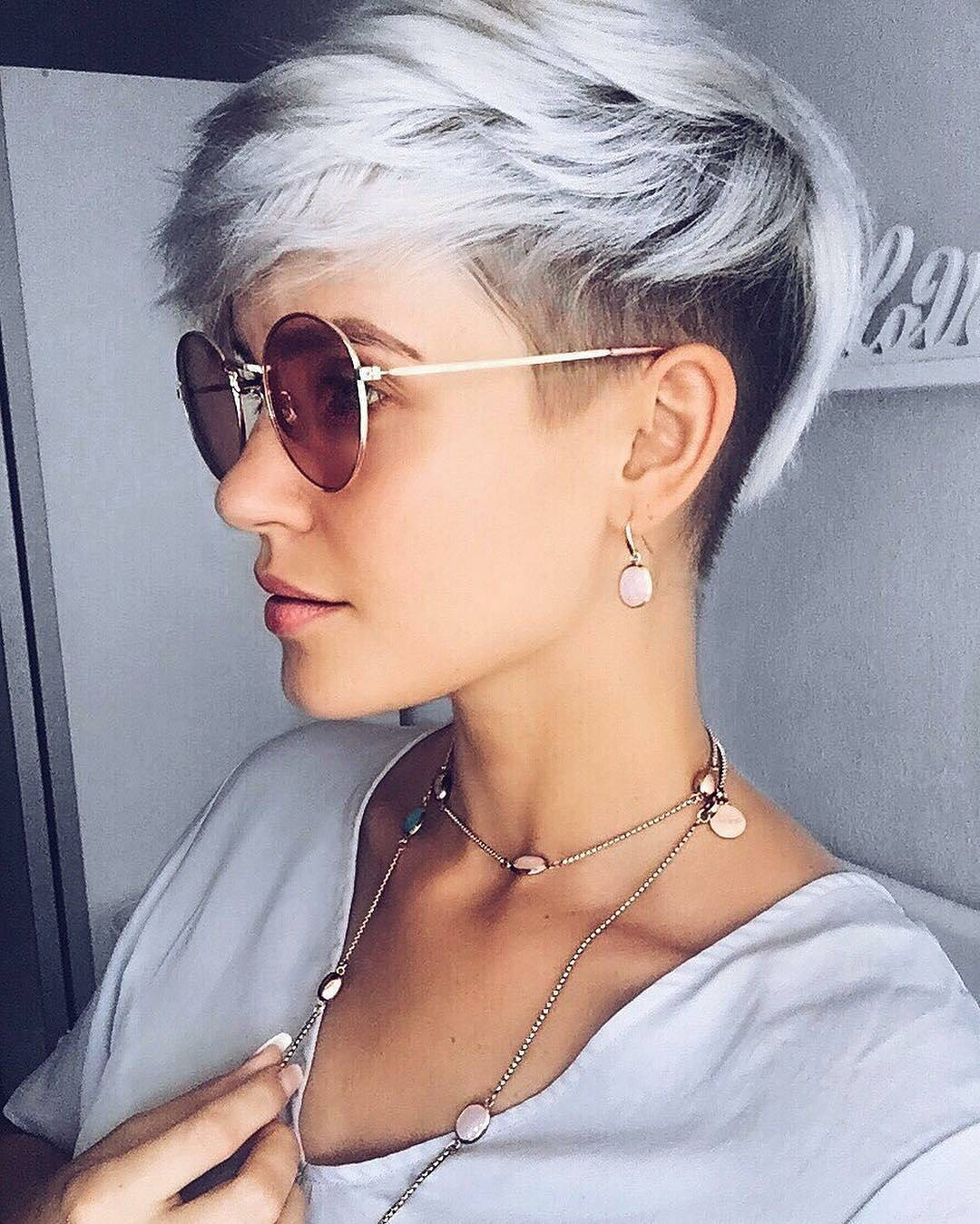 Short más moderno Peinados para mujeres, Easy Pixie Haircut Trends