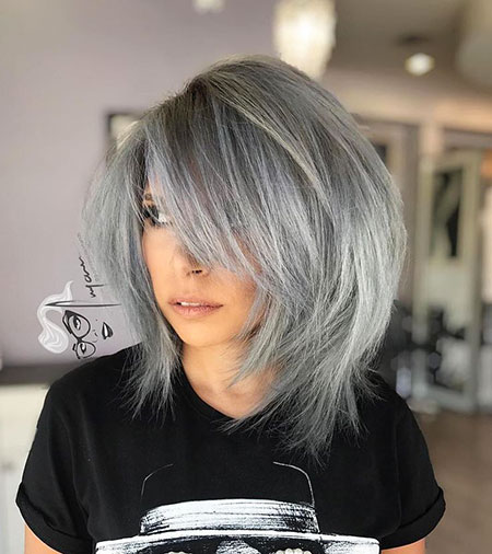 Color gris, Bob flequillo color gris